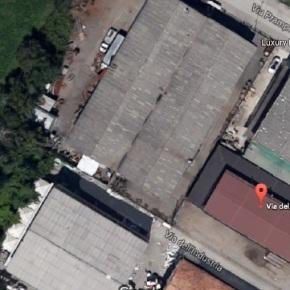 Segnalazione presenza amianto: Tetto in ETERNIT su un capannone industriale aCavriago