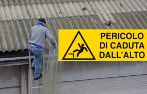 Tetti in ETERNIT: la CGIL ed AFeVA Emilia Romagna denunciano gli infortuni mortali per cadute dall'alto nel corso dei lavori dibonifica