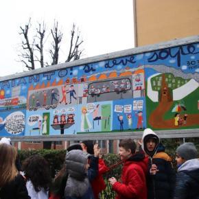 """""""AMIANTO, SI DEVE SAPERE"""": OGR Bologna – La giornata di inaugurazione del pannello artistico coi ragazzi/e della classe 2^B scuola """"DeAndrè"""""""